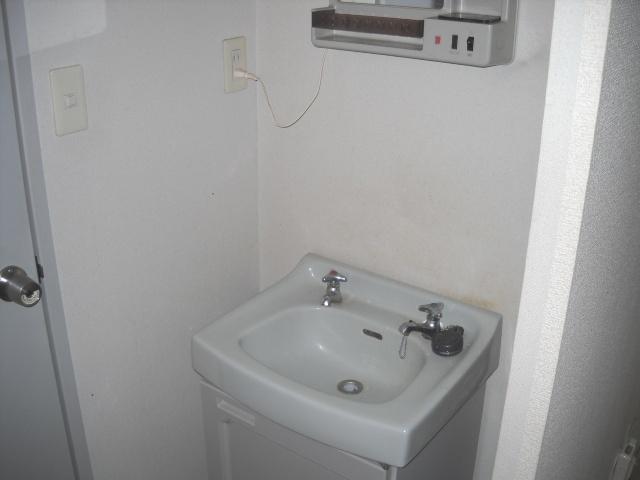 サンライズタウンK 108号室の洗面所