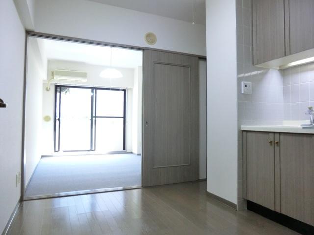 ライオンズマンション与野本町第7 210号室のリビング