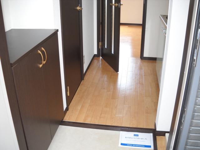 ミルフィーユⅡ 202号室の玄関