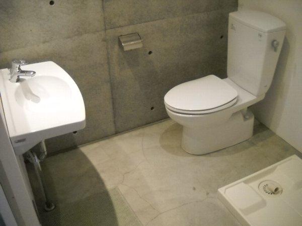 quadro 205号室の洗面所