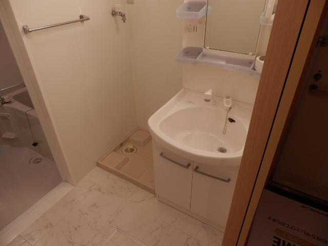 アエル大宮三橋 106号室の洗面所