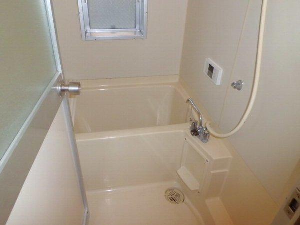 セレン指扇ハイム 305号室の風呂