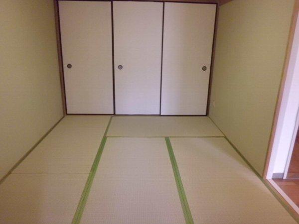 セレン指扇ハイム 305号室の収納