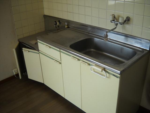 VILLA ITO No1・2 1-203号室のキッチン