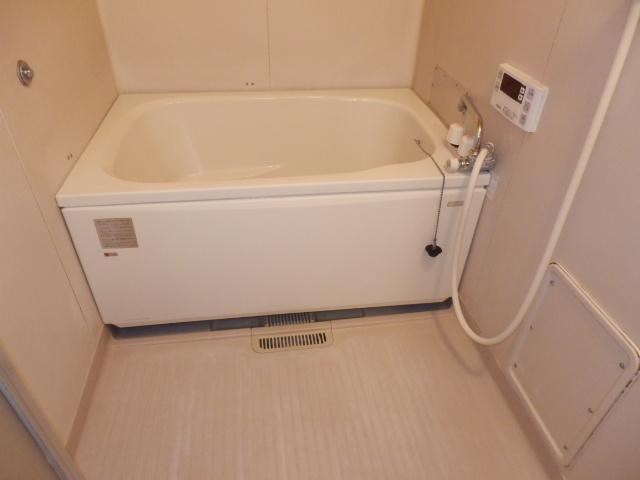 イーストヒルズ A201号室の風呂