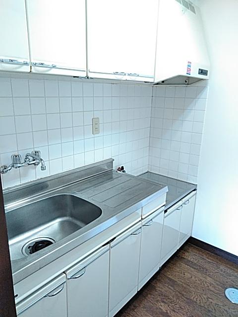 かわむらハウス 202号室のキッチン