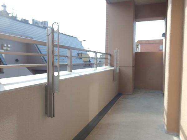 プレジール立川 205号室のバルコニー