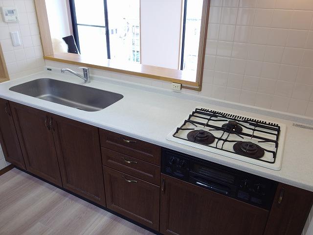 グランバリュー立川 602号室のキッチン