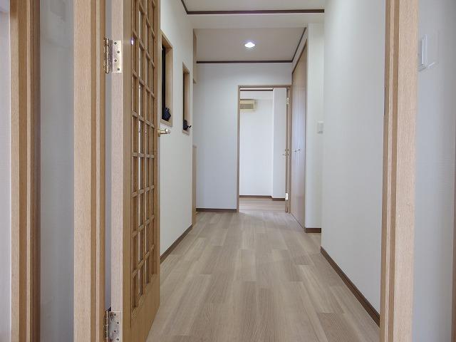 グランバリュー立川 602号室の玄関