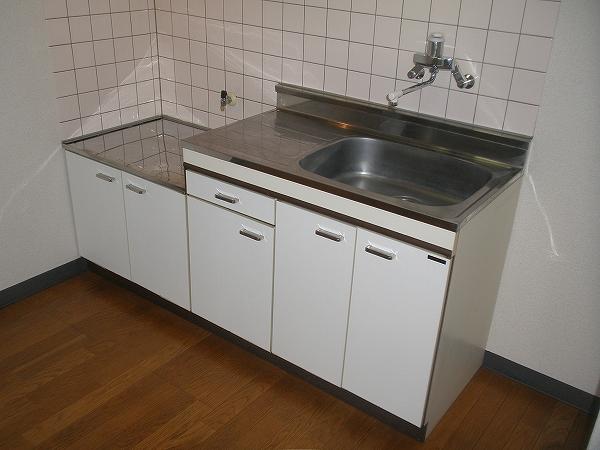 メゾンユートピア 102号室のキッチン