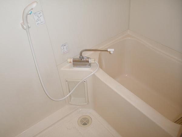 メゾンユートピア 102号室の風呂