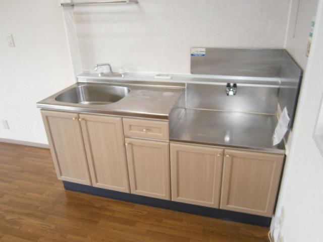 パストラルⅢ 201号室のキッチン
