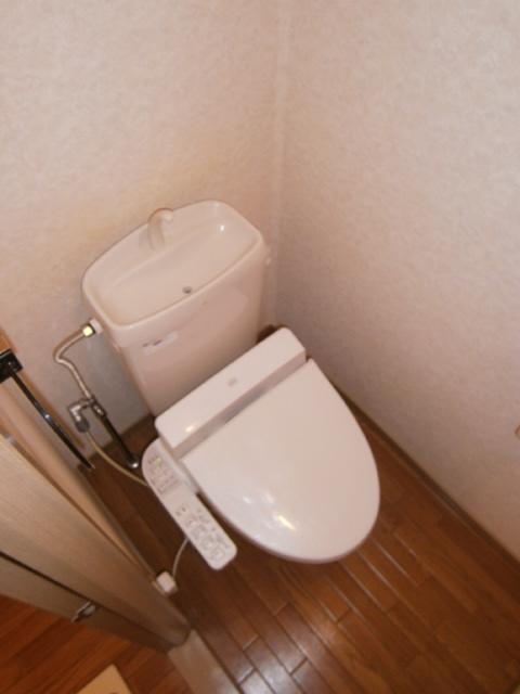 パストラルⅢ 201号室のトイレ