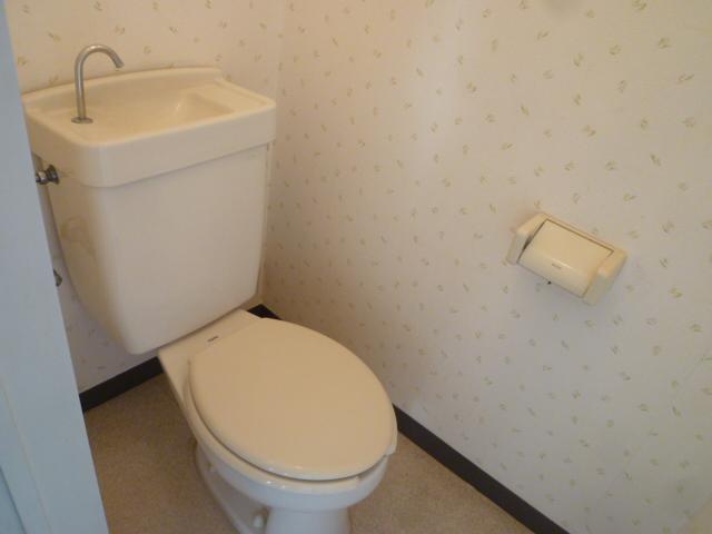 和田コーポ 201号室のトイレ