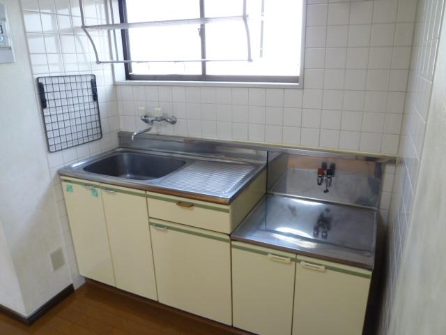 和田コーポ 201号室のキッチン