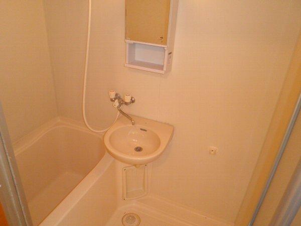 アクツハイツC 201号室の風呂
