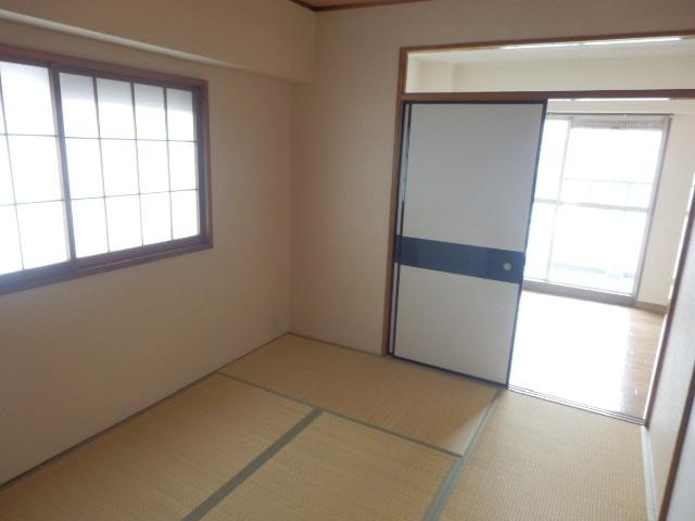 セントラルハイツ 404号室の居室