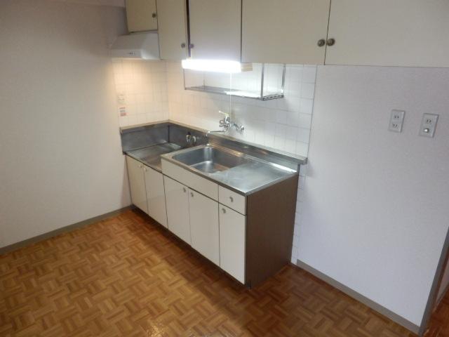 セントラルハイツ 404号室のキッチン