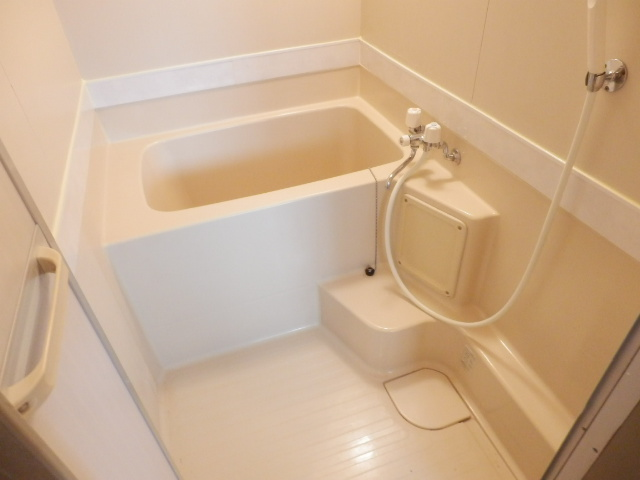 セントラルハイツ 404号室の風呂