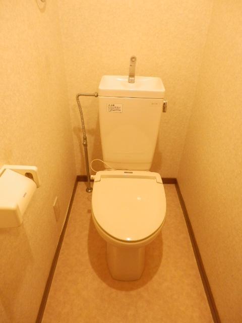 カームテラス御幸A 302号室のトイレ