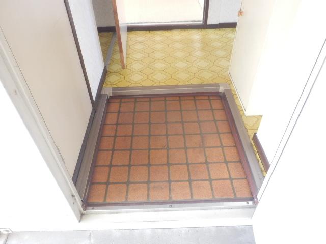 池嶋ハイツ 201号室の玄関