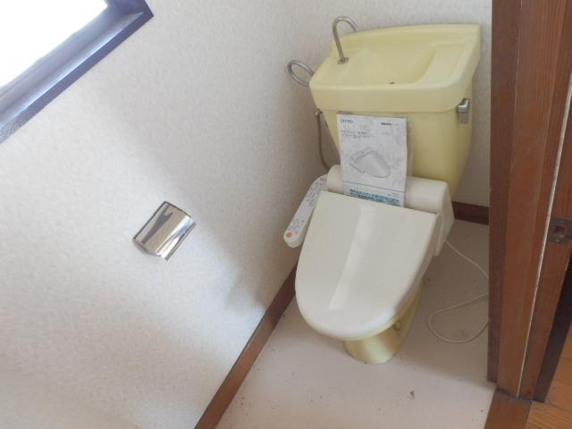 ソーラーみゆきⅠ・Ⅱ 205号室のトイレ