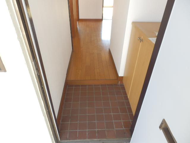 ソーラーみゆきⅠ・Ⅱ 205号室の玄関