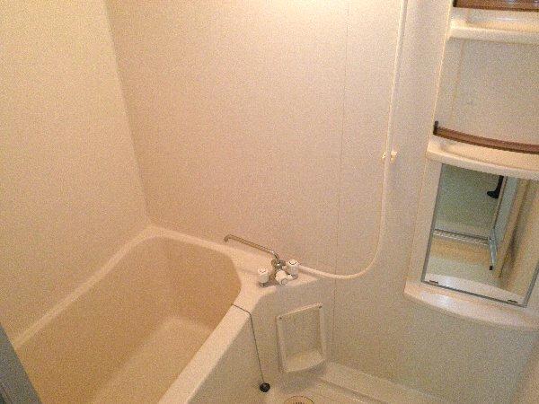 ウエキハイツ 604号室の風呂