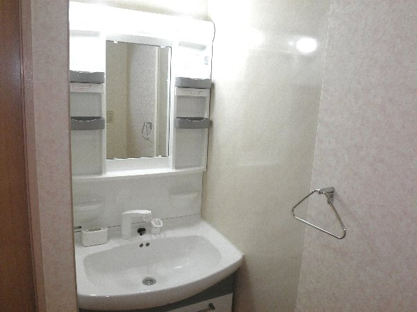 ウエキハイツ 604号室の洗面所