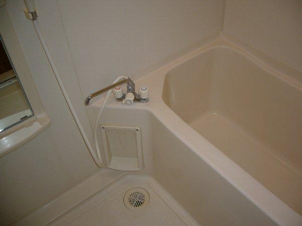 ウエキハイツ 503号室の風呂
