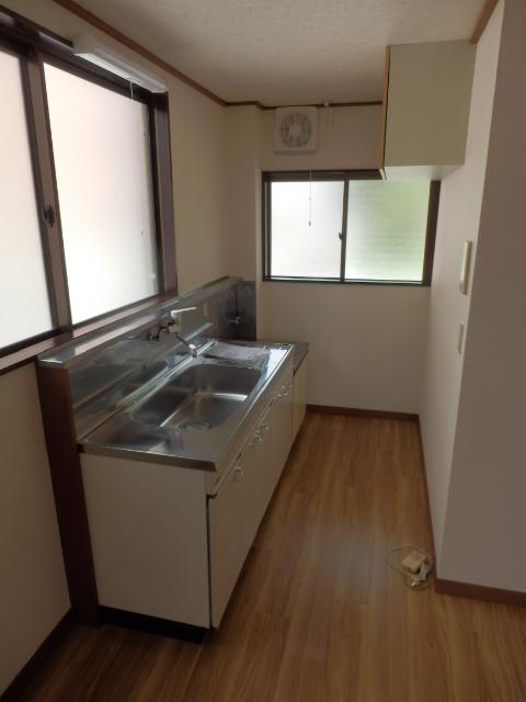 プラトー藤 101号室のキッチン