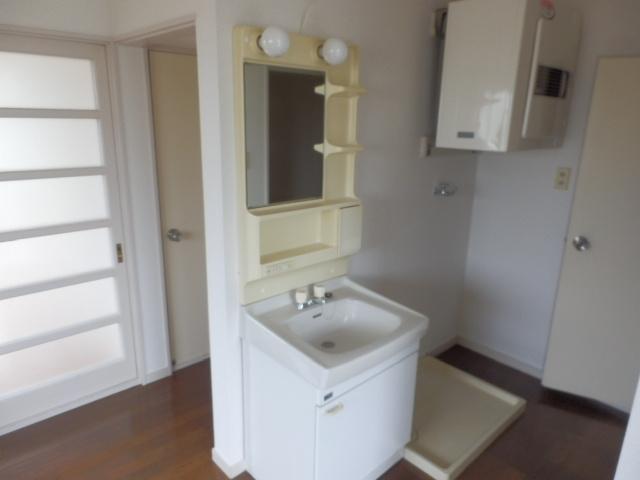 ハウスオブ鹿沼 105号室の洗面所