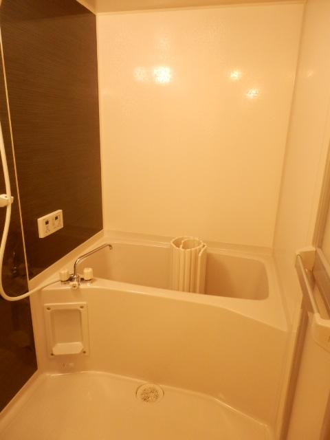 秋桜館・西原 102号室の風呂