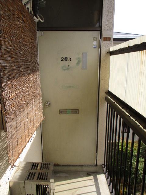 陽東ハイツ 203号室のエントランス