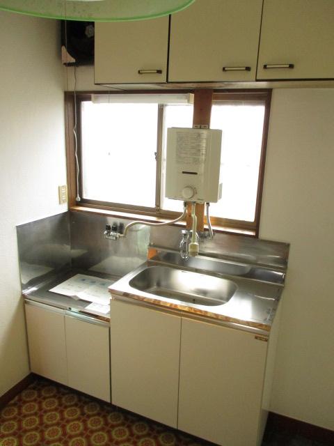 陽東ハイツ 203号室のキッチン