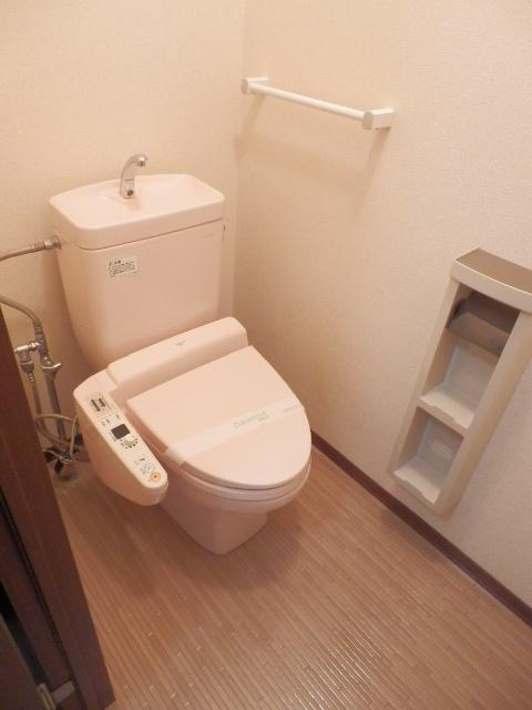 T.クレストA・Bハウス B202号室のトイレ