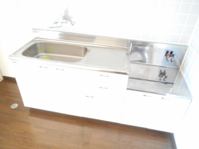 原第7マンション 207号室のキッチン