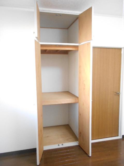 原第7マンション 207号室の収納