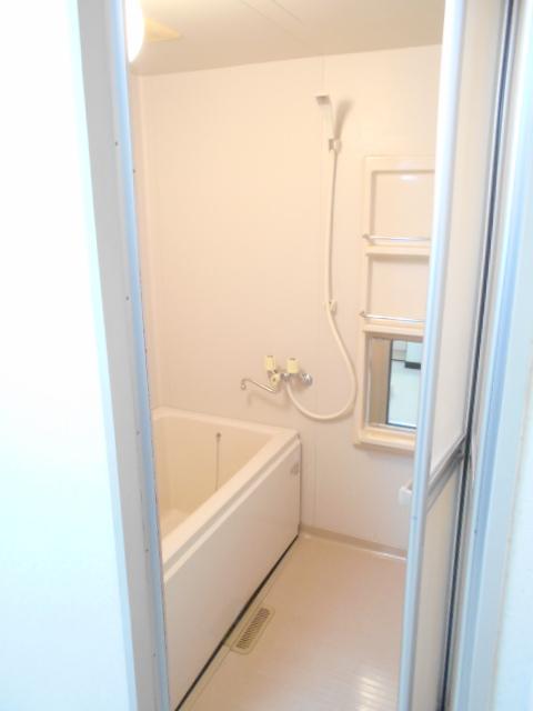 原第7マンション 207号室の風呂