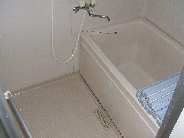 原第6マンション 203号室の風呂