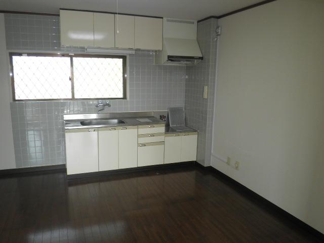 原第6マンション 205号室のキッチン