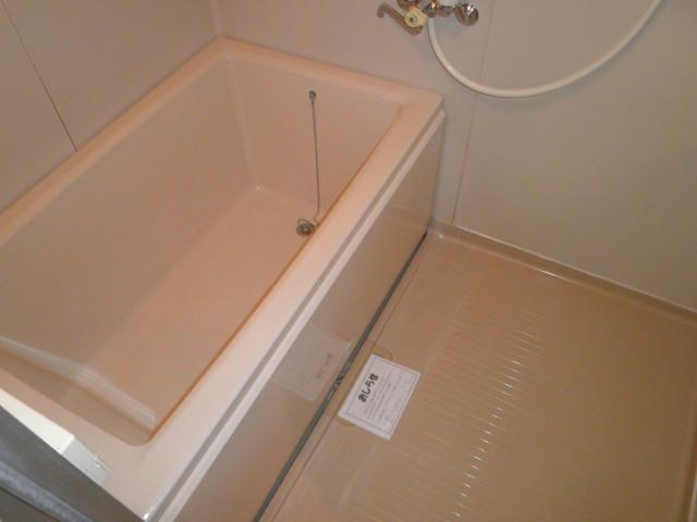 原第6マンション 205号室の風呂