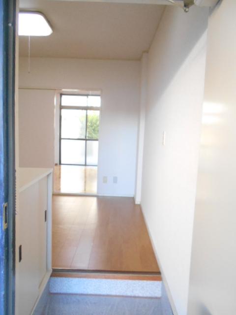 原第3マンション 107号室の玄関