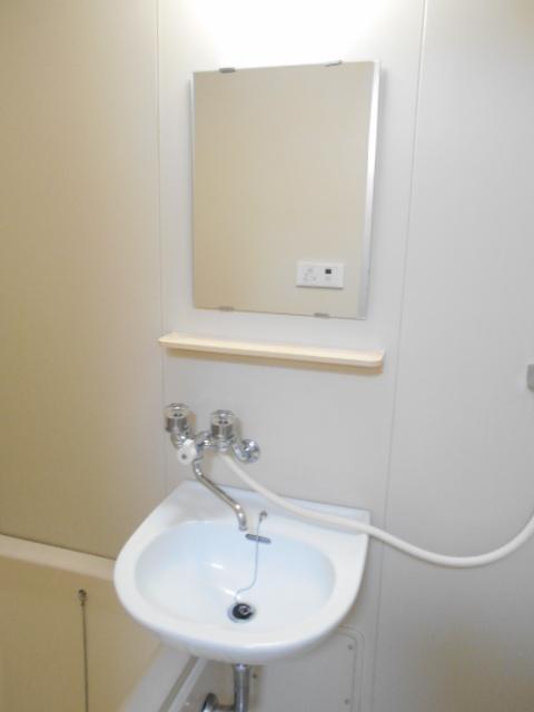 原第3マンション 107号室の洗面所