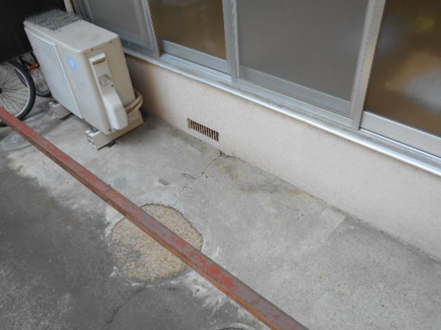 岡本ハイツ 103号室のバルコニー