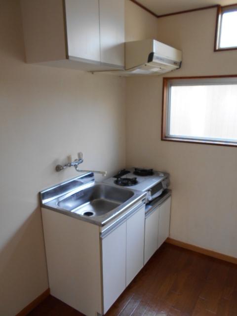 岡本ハイツ 103号室のキッチン