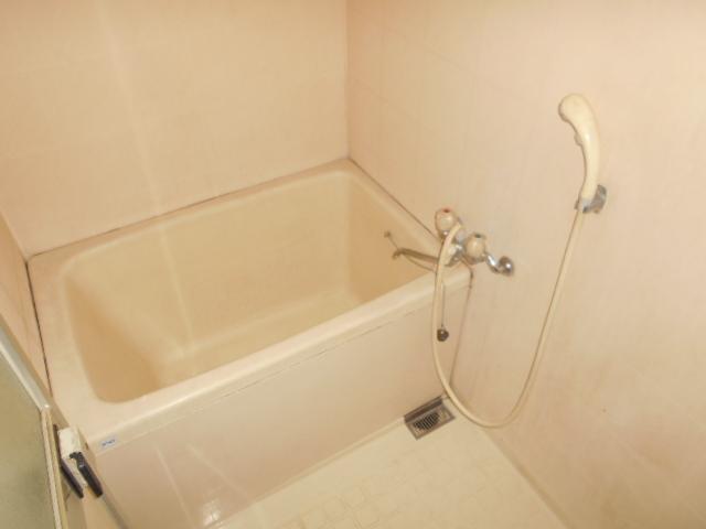 メゾン福嶋 2F号室の風呂