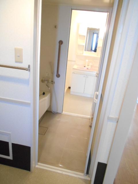 ヴィラコンプレール B506号室の風呂