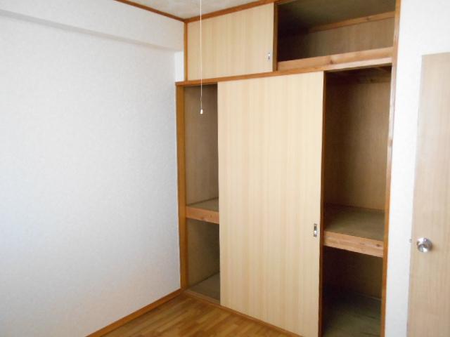 清水ハイツA 303号室の収納