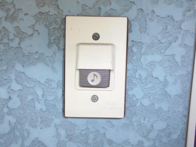 ロイヤルハイツ杉山 105号室のセキュリティ